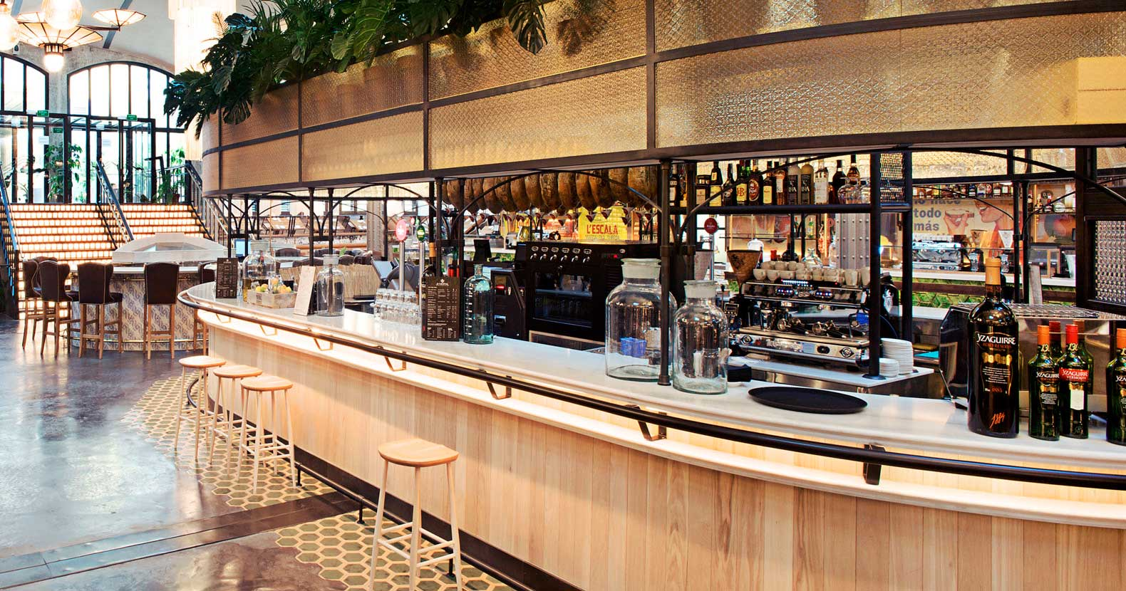 Wine and cured meats bar